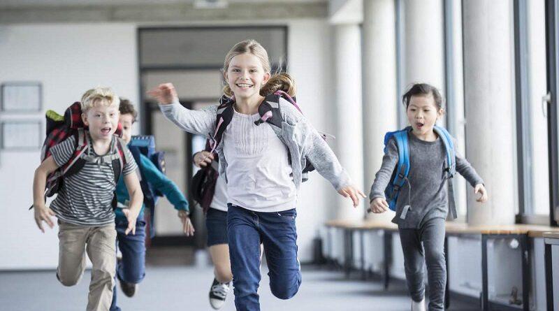 Появился график школьных каникул до сентября 2022 года
