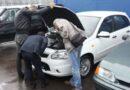 В Украину массово везут старые иномарки: владельцев авто предупредили о новом налоге